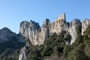 Imposing view of Peyrepertuse